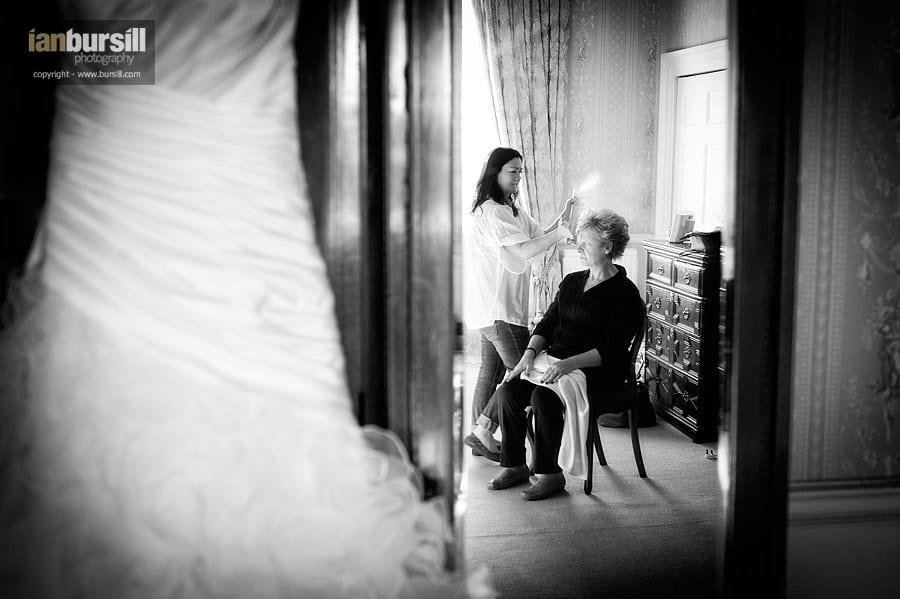 Norwood Park Mother's Wedding Preparations