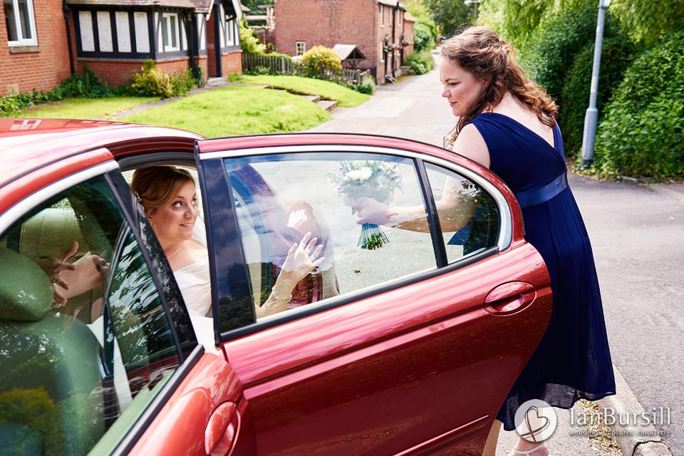 Sutton-Bonington-Hall-Bride-Arriving