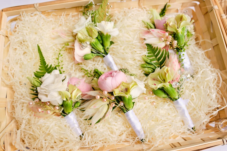 The ladies Boutonnières at George & Tonia's Swancar Farm, Nottinghamshire Wedding. Flowers by Sassy Blooms, Leicestershire.